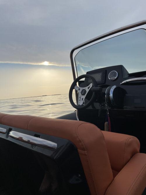 location bateaux à moteur